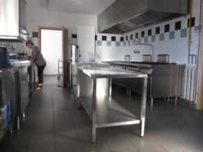 cuisine salle des fêtes, commune de Lutter