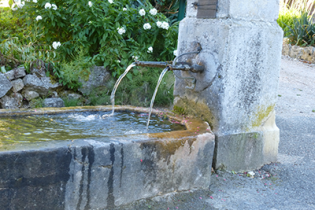 Fontaine, Lutter